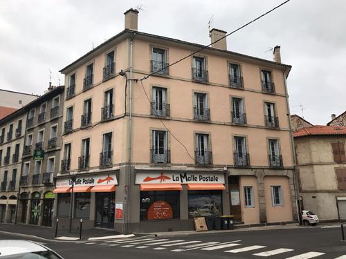 Ravalement de façade – Immeuble en réhabilitation au Puy